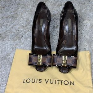 ORIGINAL Louis Vuitton paris high heels